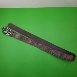 Tooled Embossed Textured Flower Leather Belt And B